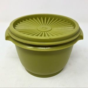 Tupperware small avocado green bowl container